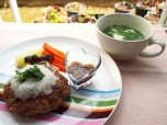 Recipe Image セロリおろしハンバーグ・豆腐とセロリの葉のスープ